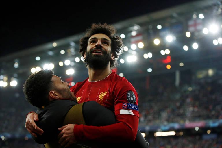 Salah comemora gol contra o Salzburg pela Liga dos Campeões